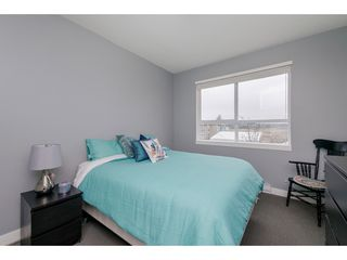 """Photo 10: 205 16398 64 Avenue in Surrey: Cloverdale BC Condo for sale in """"THE RIDGE AT BOSE FARMS"""" (Cloverdale)  : MLS®# R2339810"""