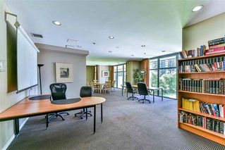 Photo 19: 1708 1239 W GEORGIA Street in Vancouver: Coal Harbour Condo for sale (Vancouver West)  : MLS®# R2340000