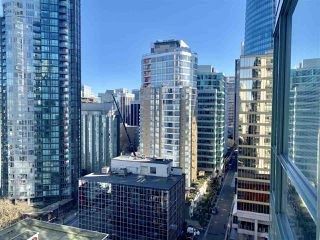 Photo 12: 1708 1239 W GEORGIA Street in Vancouver: Coal Harbour Condo for sale (Vancouver West)  : MLS®# R2340000