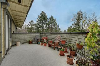 Photo 19: 5 914 St. Charles Street in VICTORIA: Vi Rockland Townhouse for sale (Victoria)  : MLS®# 406123