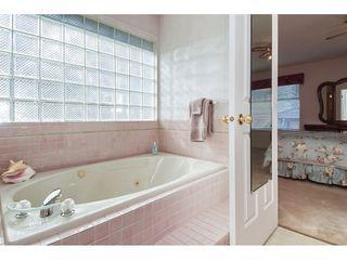 Photo 12: 12353 56 Avenue in Surrey: Panorama Ridge House for sale : MLS®# R2349551