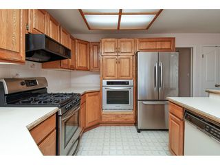Photo 7: 12353 56 Avenue in Surrey: Panorama Ridge House for sale : MLS®# R2349551