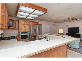 Photo 8: 12353 56 Avenue in Surrey: Panorama Ridge House for sale : MLS®# R2349551