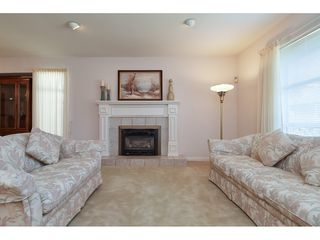 Photo 4: 12353 56 Avenue in Surrey: Panorama Ridge House for sale : MLS®# R2349551