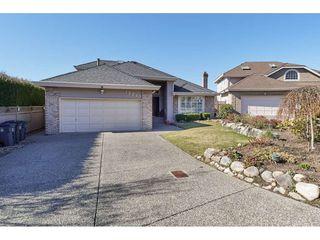 Photo 2: 12353 56 Avenue in Surrey: Panorama Ridge House for sale : MLS®# R2349551