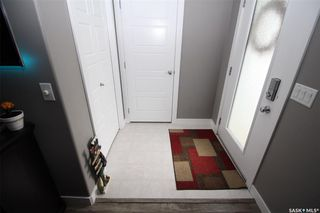 Photo 2: 142 Rajput Way in Saskatoon: Evergreen Residential for sale : MLS®# SK764257