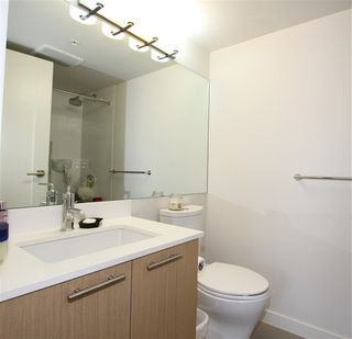 """Photo 13: 301 95 MOODY Street in Port Moody: Port Moody Centre Condo for sale in """"THE STATION"""" : MLS®# R2362357"""