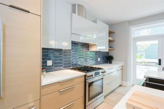 """Photo 7: 3187 ALBERTA Street in Vancouver: Mount Pleasant VW Townhouse for sale in """"CRAFTSMAN COLLECTION I"""" (Vancouver West)  : MLS®# R2373866"""