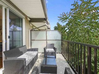 "Photo 5: 68 8250 209B Street in Langley: Willoughby Heights Townhouse for sale in ""OUTLOOK"" : MLS®# R2379349"