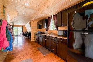 Photo 2: 19 JONES LAKE FOREST SERVICE ROAD in Hope: Hope Laidlaw House for sale : MLS®# R2380252