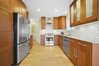 """Photo 4: 1147 TEMPLETON Drive in Vancouver: Grandview Woodland 1/2 Duplex for sale in """"Grandview/Commercial Drive"""" (Vancouver East)  : MLS®# R2383549"""