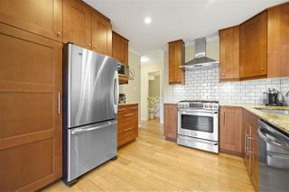 """Photo 6: 1147 TEMPLETON Drive in Vancouver: Grandview Woodland 1/2 Duplex for sale in """"Grandview/Commercial Drive"""" (Vancouver East)  : MLS®# R2383549"""