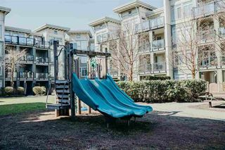 "Photo 12: 212 10180 153 Street in Surrey: Guildford Condo for sale in ""Charlton Park"" (North Surrey)  : MLS®# R2386060"