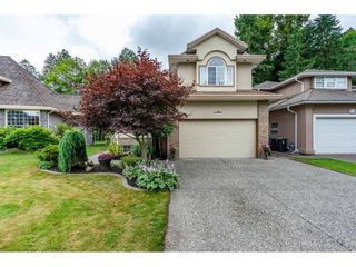 "Photo 2: 20560 89B Avenue in Langley: Walnut Grove House for sale in ""Forest Creek"" : MLS®# R2386317"