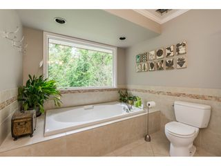 "Photo 13: 20560 89B Avenue in Langley: Walnut Grove House for sale in ""Forest Creek"" : MLS®# R2386317"