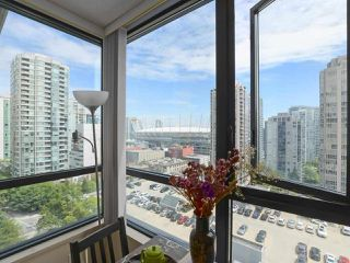 "Photo 15: 1505 977 MAINLAND Street in Vancouver: Yaletown Condo for sale in ""YALETOWN PARK 3"" (Vancouver West)  : MLS®# R2387511"