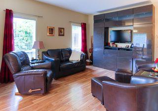 Photo 4: 4 GRANDIN Lane: St. Albert House for sale : MLS®# E4166911