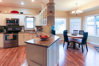 Photo 9: 4 GRANDIN Lane: St. Albert House for sale : MLS®# E4166911