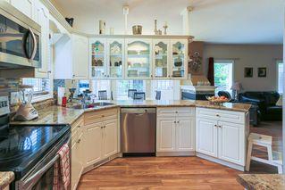 Photo 8: 4 GRANDIN Lane: St. Albert House for sale : MLS®# E4166911