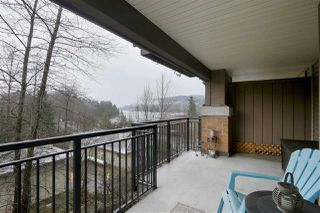 Photo 6: 303 700 KLAHANIE Drive in Port Moody: Port Moody Centre Condo for sale : MLS®# R2428342