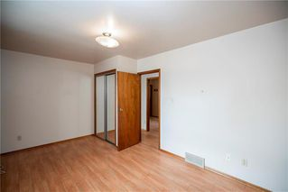 Photo 14: 531 Pandora Avenue West in Winnipeg: West Transcona Residential for sale (3L)  : MLS®# 202007635