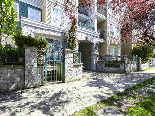 "Main Photo: 407 3278 HEATHER Street in Vancouver: Cambie Condo for sale in ""HEATHERSTONE"" (Vancouver West)  : MLS®# R2461331"