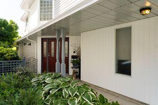 Photo 7: 14766 GOGGS Avenue: White Rock House for sale (South Surrey White Rock)  : MLS®# R2485772