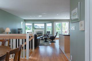 Photo 12: 14766 GOGGS Avenue: White Rock House for sale (South Surrey White Rock)  : MLS®# R2485772