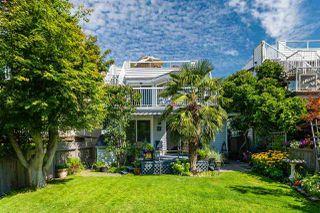 Photo 3: 14766 GOGGS Avenue: White Rock House for sale (South Surrey White Rock)  : MLS®# R2485772
