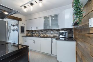 """Photo 1: 306 225 SIXTH Street in New Westminster: Queens Park Condo for sale in """"St. George's Manor"""" : MLS®# R2487985"""