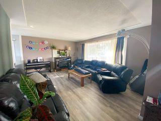 Photo 3: 9320 105 Avenue in Fort St. John: Fort St. John - City NE House for sale (Fort St. John (Zone 60))  : MLS®# R2508589
