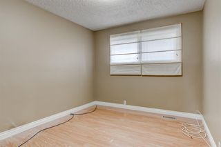Photo 18: 51 Woodfern Drive SW in Calgary: Woodbine Detached for sale : MLS®# A1048043