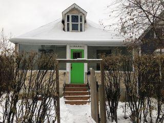 Photo 2: 9422 109A Avenue in Edmonton: Zone 13 House for sale : MLS®# E4221265