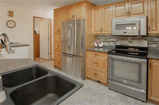 Photo 9: 95 Malmsbury Avenue in Winnipeg: River Park South Residential for sale (2F)  : MLS®# 202028338