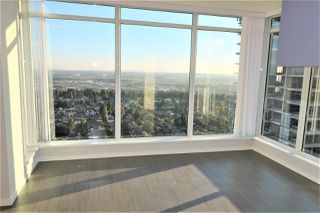 "Photo 13: 3201 6700 DUNBLANE Avenue in Burnaby: Metrotown Condo for sale in ""VITTORIO"" (Burnaby South)  : MLS®# R2528635"