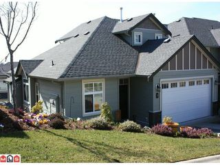 "Photo 1: 37 36260 MCKEE Road in Abbotsford: Abbotsford East Townhouse for sale in ""KING'S GATE"" : MLS®# F1105306"
