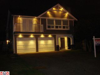 "Photo 1: 9010 155A Street in Surrey: Fleetwood Tynehead House for sale in ""FLEETWOOD"" : MLS®# F1124777"