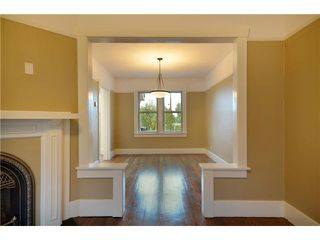 """Photo 6: 619 E 30TH Avenue in Vancouver: Fraserview VE House for sale in """"MAIN/FRASER"""" (Vancouver East)  : MLS®# V917163"""