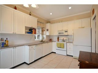 Photo 4: 8338 SELKIRK Street in Vancouver: Marpole House 1/2 Duplex for sale (Vancouver West)  : MLS®# V918484