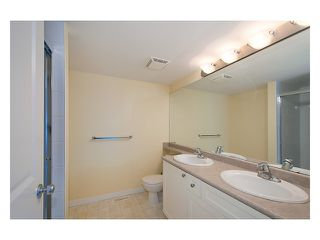 Photo 11: 29 12711 64TH Avenue in Surrey: West Newton Townhouse for sale : MLS®# F1322650