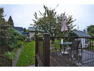 "Photo 13: 532 E 5TH Street in North Vancouver: Lower Lonsdale House for sale in ""LOWER LONSDALE"" : MLS®# V1030310"