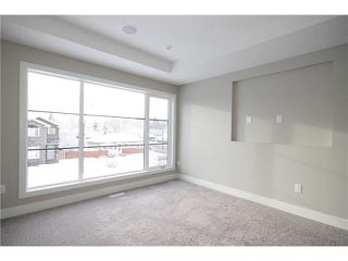Photo 11: 464 29 Avenue NW in CALGARY: Mount Pleasant Residential Attached for sale (Calgary)  : MLS®# C3594949