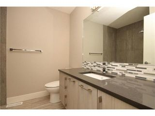 Photo 12: 464 29 Avenue NW in CALGARY: Mount Pleasant Residential Attached for sale (Calgary)  : MLS®# C3594949