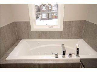 Photo 15: 464 29 Avenue NW in CALGARY: Mount Pleasant Residential Attached for sale (Calgary)  : MLS®# C3594949