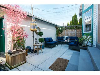 Photo 4: 1823 CREELMAN Avenue in Vancouver: Kitsilano House 1/2 Duplex for sale (Vancouver West)  : MLS®# V1061088