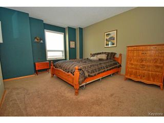 Photo 9: 149 Camirant Crescent in WINNIPEG: Windsor Park / Southdale / Island Lakes Residential for sale (South East Winnipeg)  : MLS®# 1409370