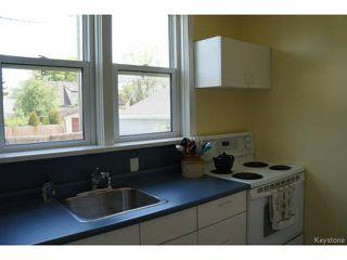 Photo 8: 341 Woodlawn Street in WINNIPEG: St James Residential for sale (West Winnipeg)  : MLS®# 1413801