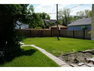 Photo 4: 341 Woodlawn Street in WINNIPEG: St James Residential for sale (West Winnipeg)  : MLS®# 1413801