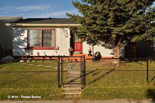 Photo 3: 23 Faldale CLOSE NE in Calgary: Falconridge House for sale : MLS®# C3640726