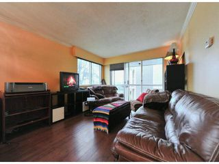 "Photo 2: 101 1331 FIR Street: White Rock Condo for sale in ""BARCLAY"" (South Surrey White Rock)  : MLS®# F1428940"